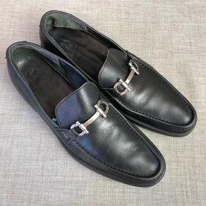 Men's Salvatore Ferragamo leather loafer sz9